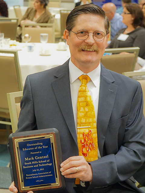 Mark Gentzel with his PAPSA teaching award